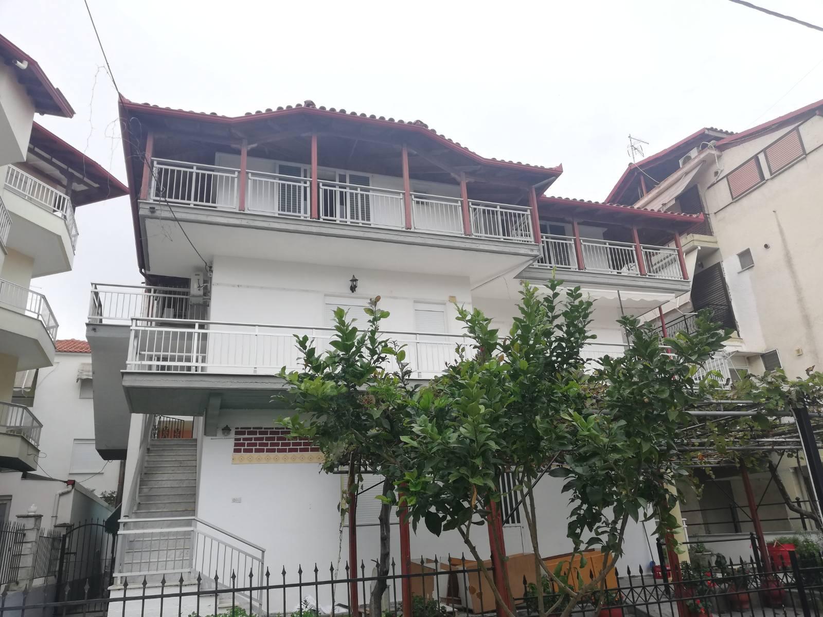 Kuća Tolis